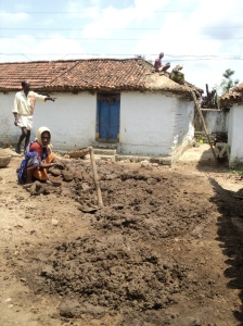 Telangana2-Cob mud balls being prepared from the  loamy mix