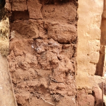 Od2_Adobe walls of 1' thickness with mud mortar